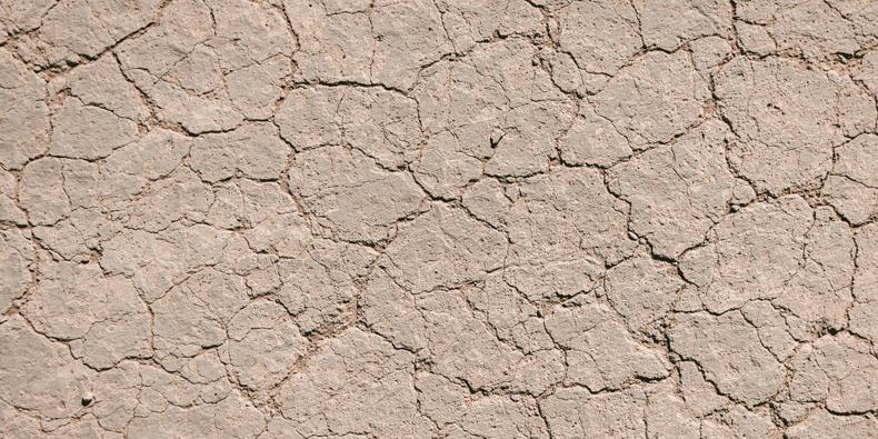 Haut die feuchtigkeitsarm ist (und hydratisierende Stoffe)